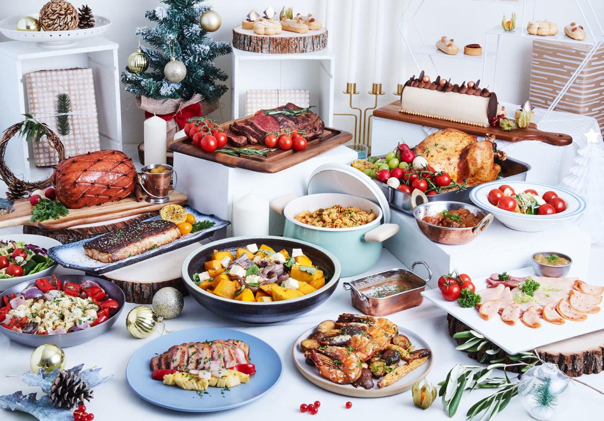 К новогоднему столу: 10 традиционных и оригинальных праздничных салатов