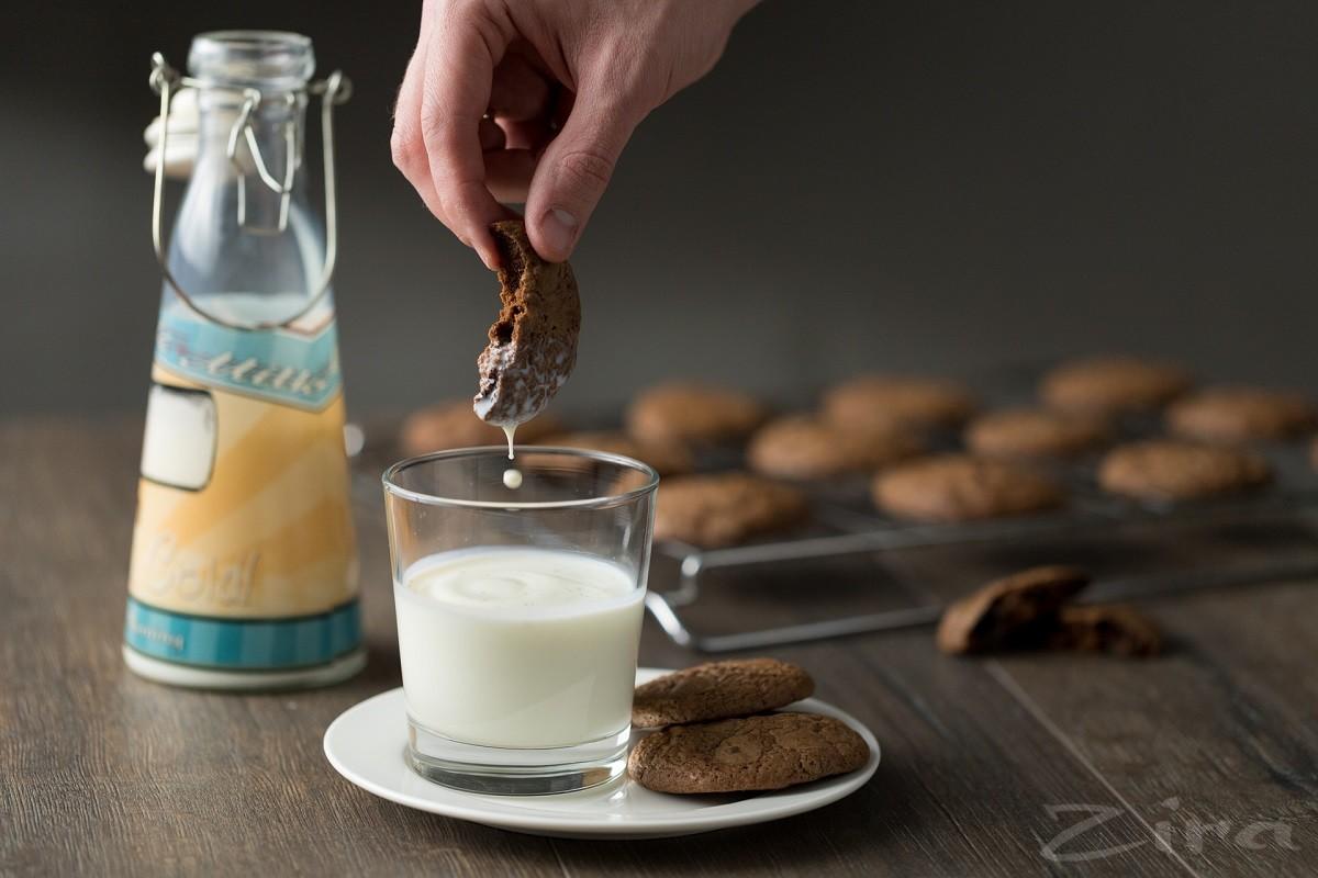 Видеорецепт: печенье с шоколадными каплями