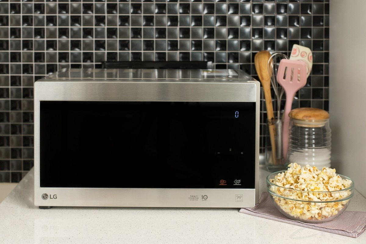 Как приготовить попкорн в микроволновке