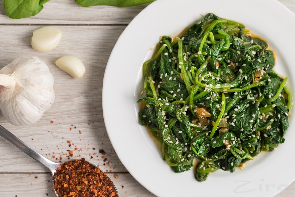 как приготовить салат со шпината по корейский