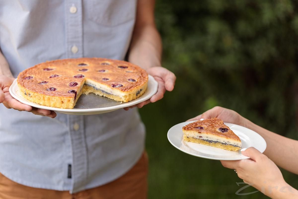 Вишнево-маковый пирог