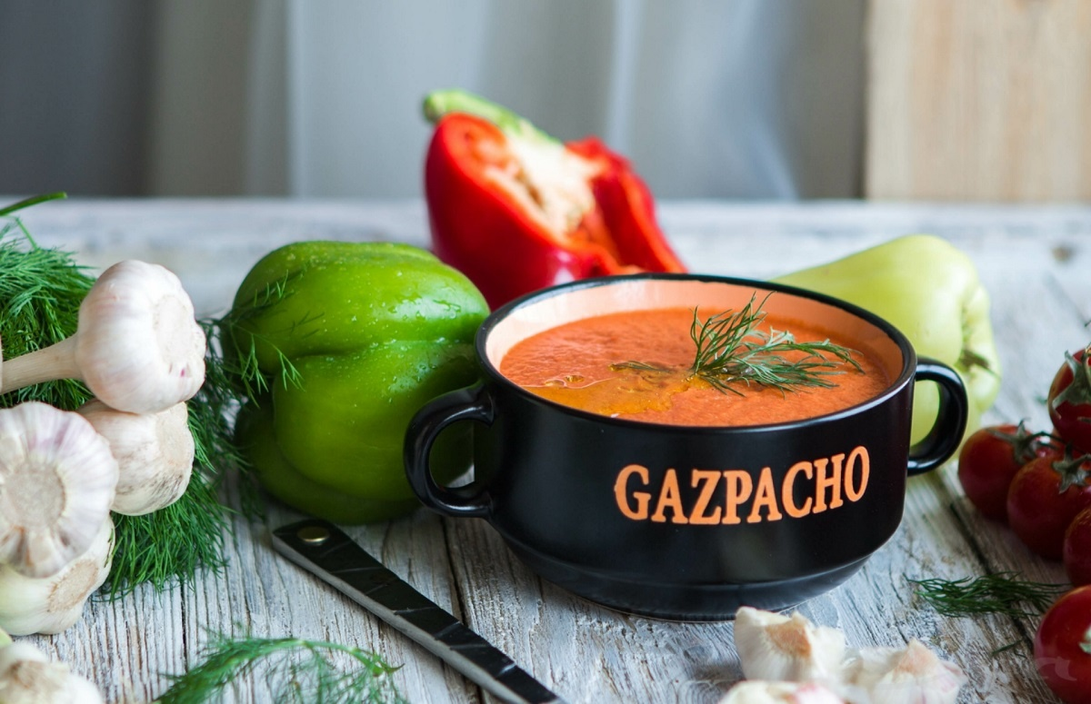 Гаспачо — холодный томатный суп — Zira.uz