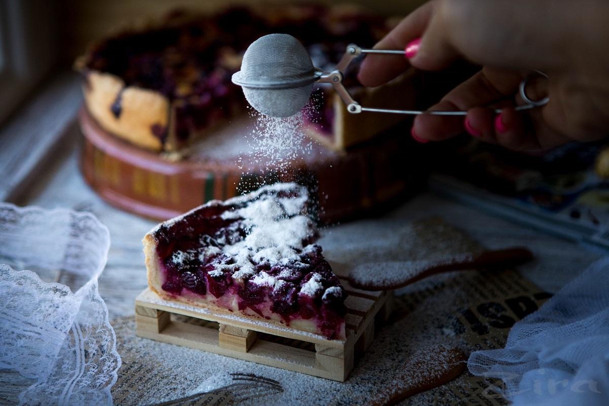Вишневый пирог с заварным кремом