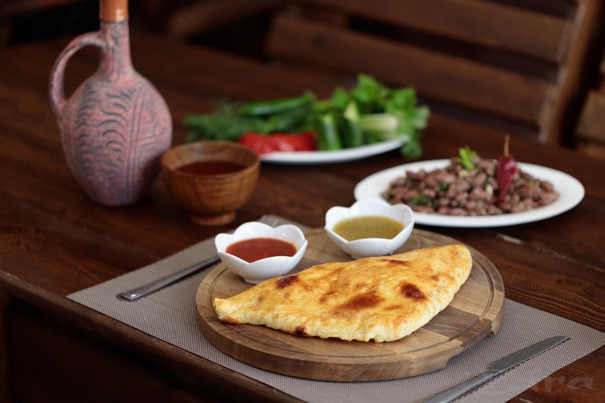 Рецепт от заведения «Хачапури House»: Гурийский хачапури