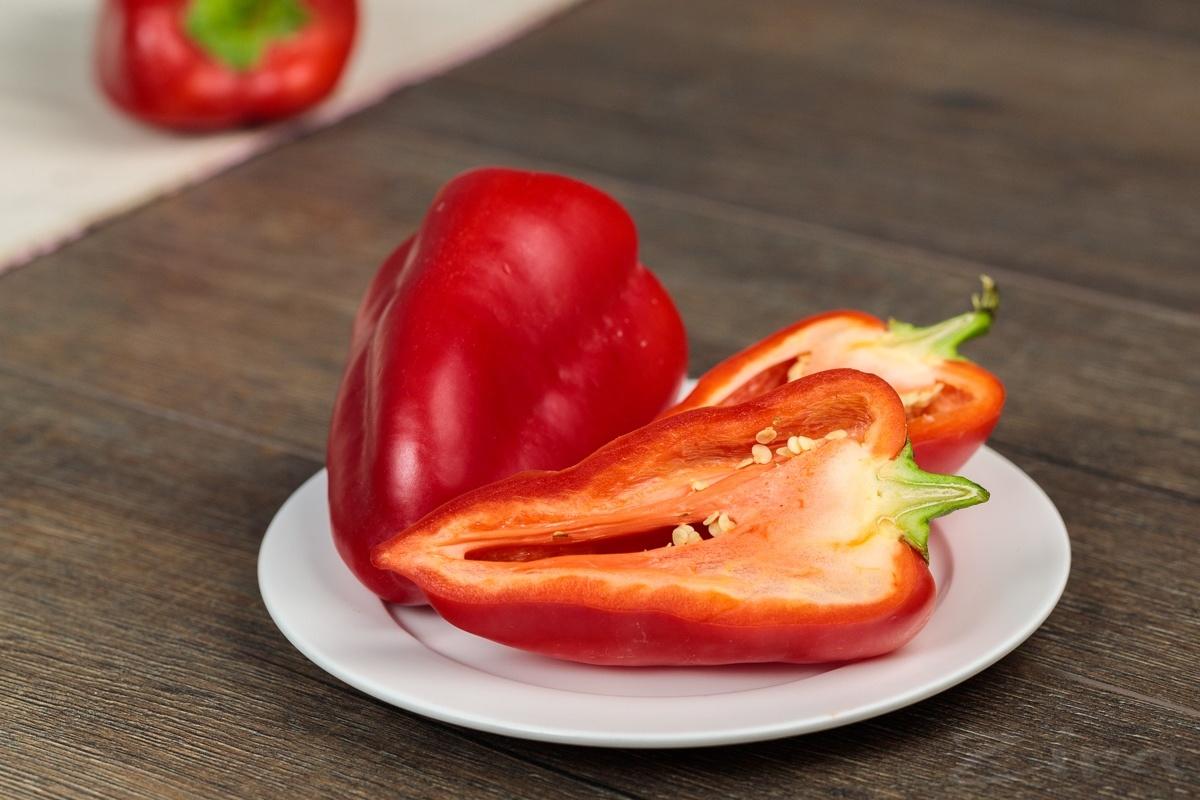 Сколько калорий в болгарском перце (желтом, красном)?