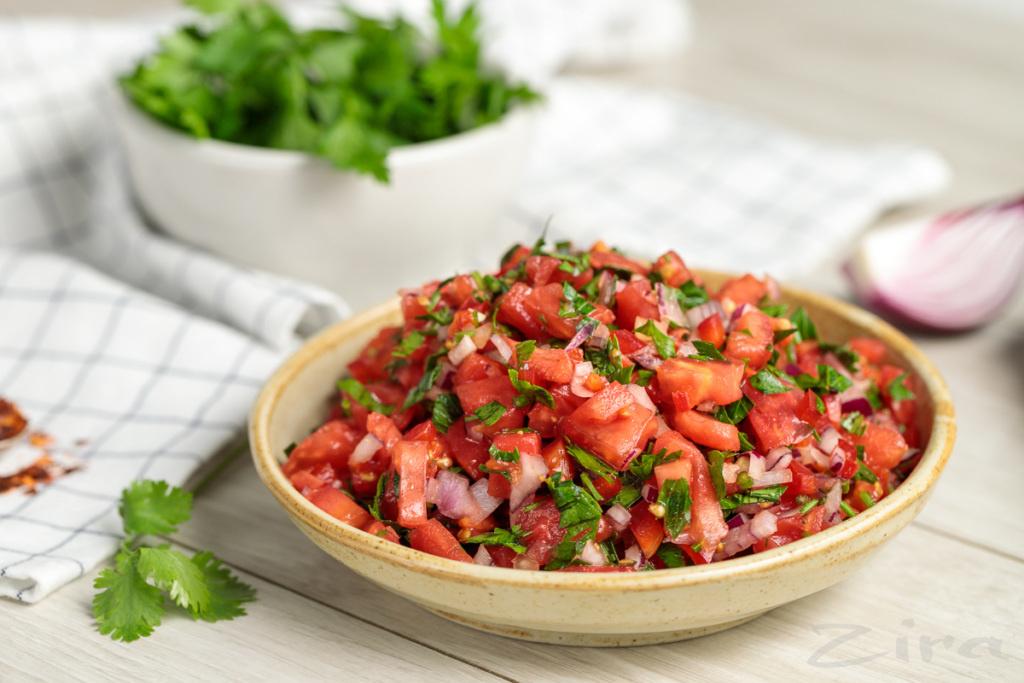 Piko-de-gayo» meksikancha achchiq salati