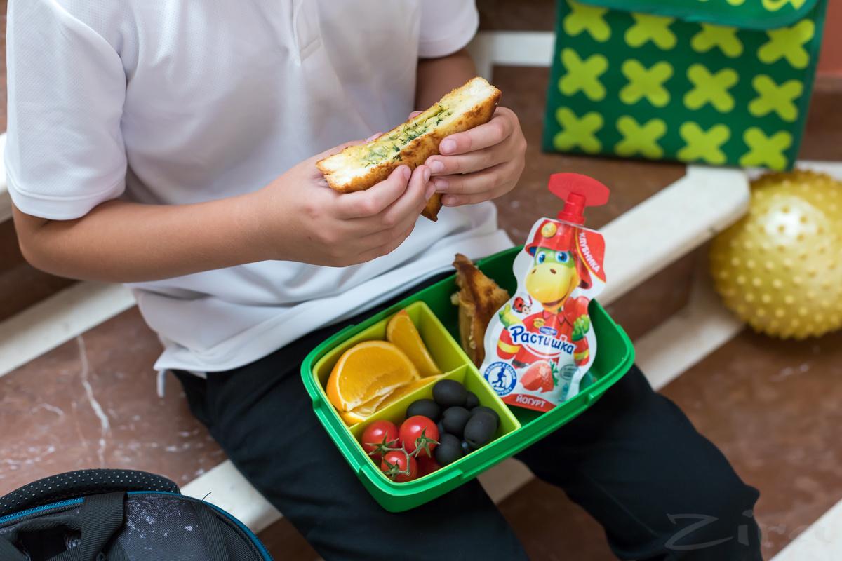 Идея для ланчбокса: сэндвич с омлетом