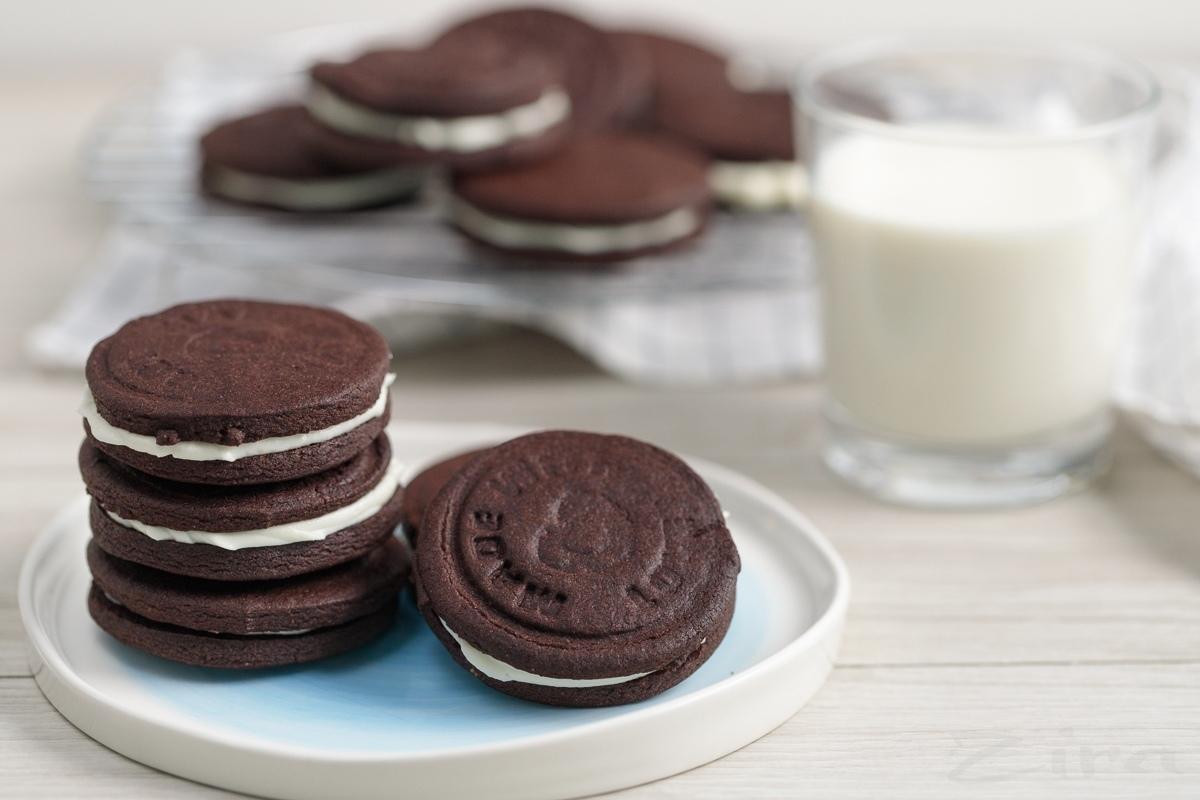 Видеорецепт: домашнее печенье «Орео»