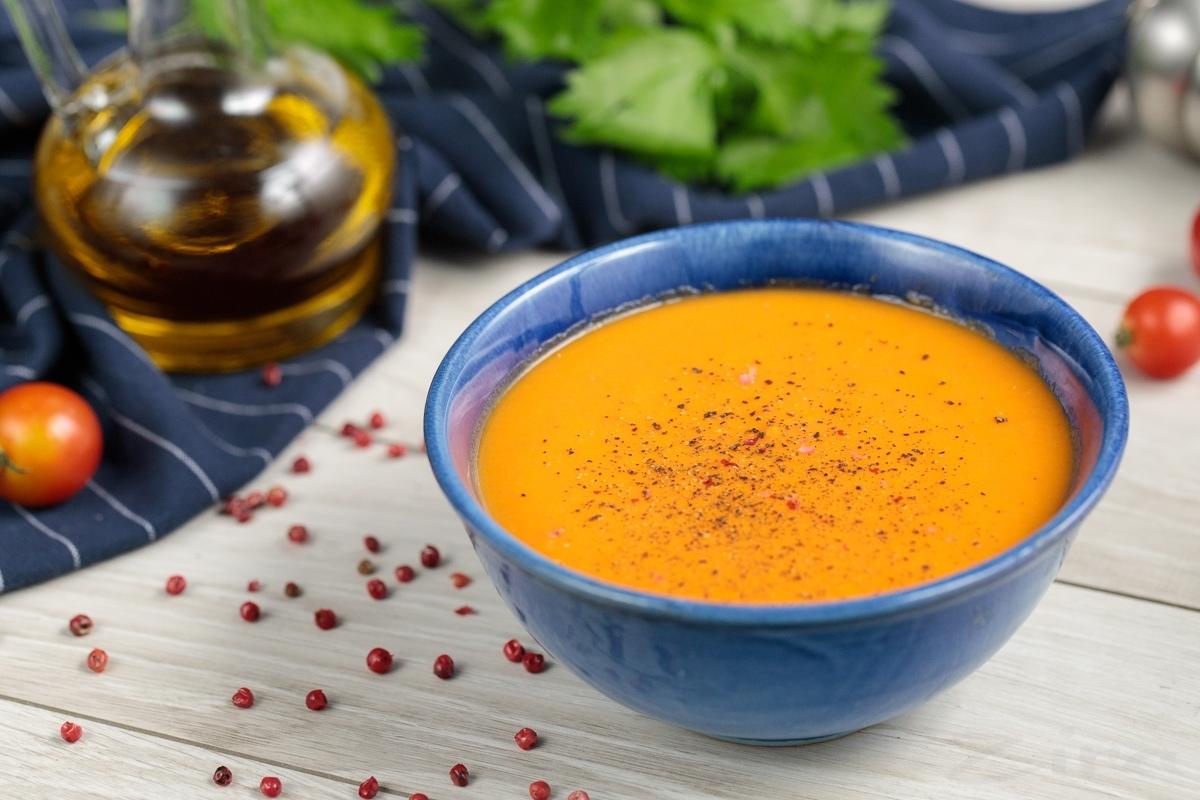 Морковно-томатный крем-суп