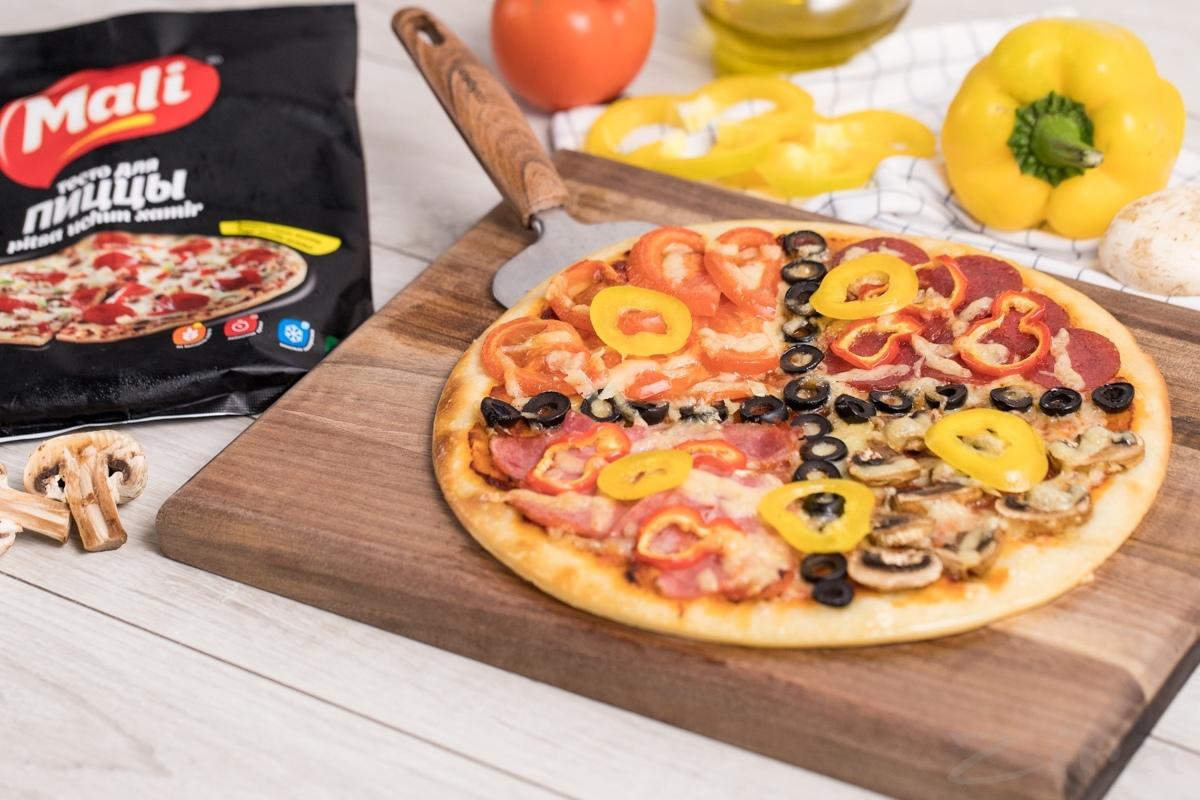 Видеорецепт: пицца «4 сезона»