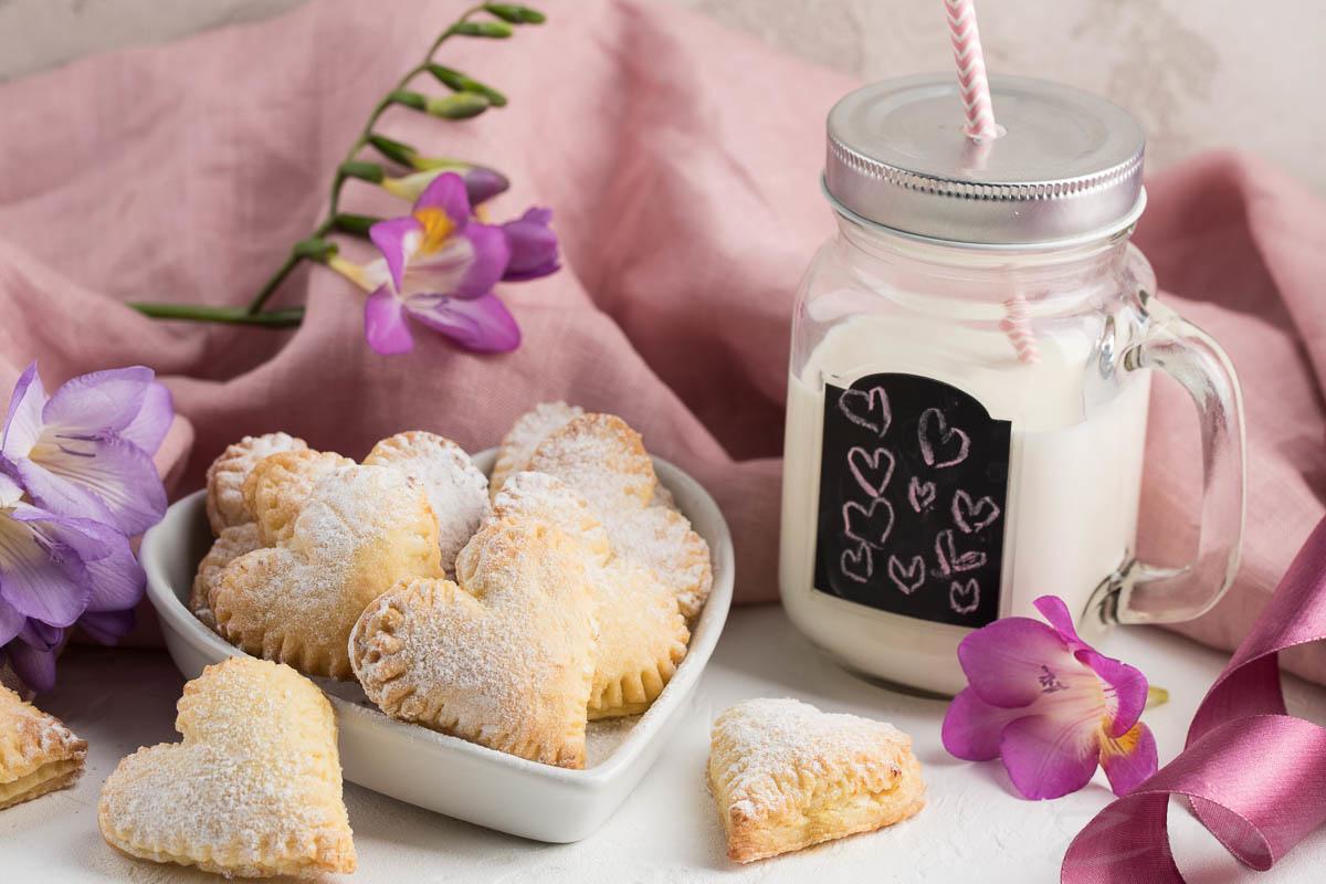 Видеорецепт: печенье с заварным кремом