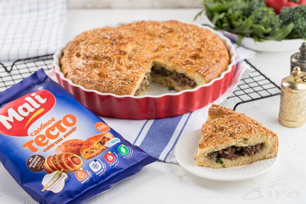 Видеорецепт: пирог с мясом из дрожжевого теста