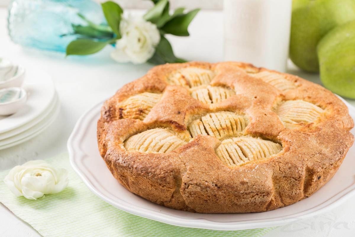 Простой яблочный кекс
