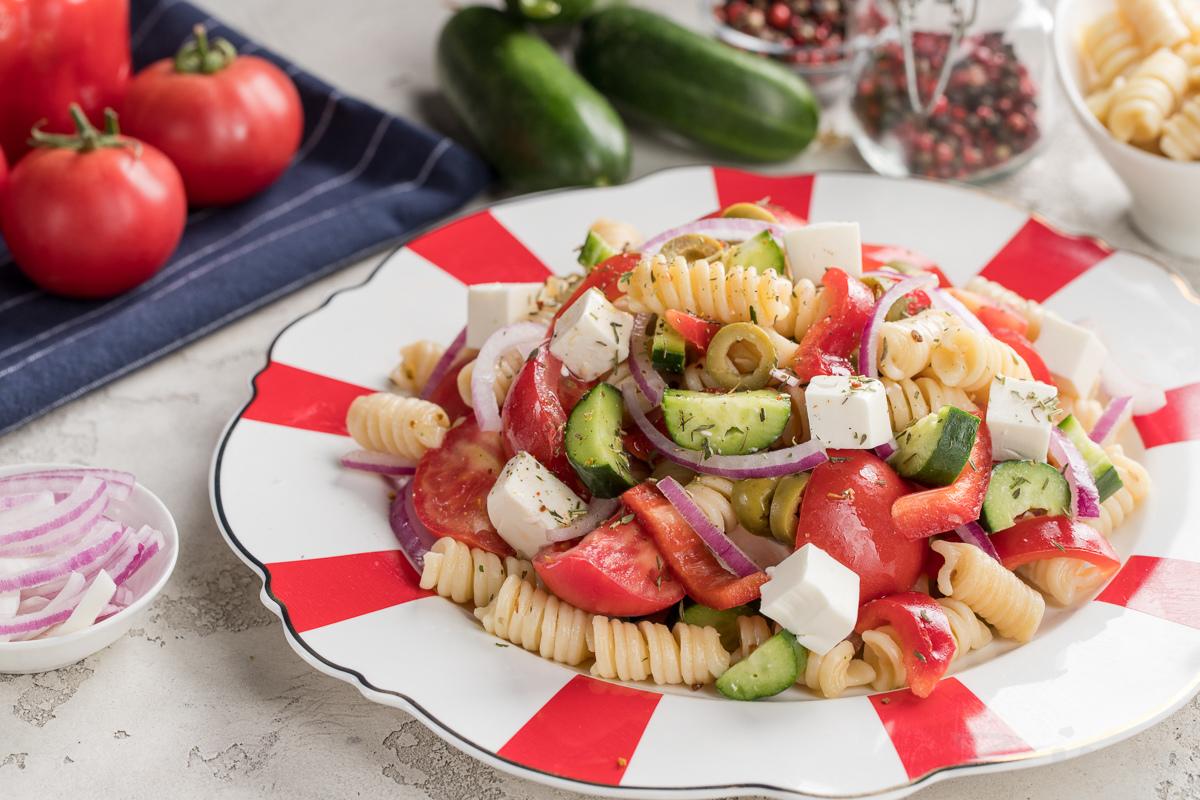 Pastali grekcha salat