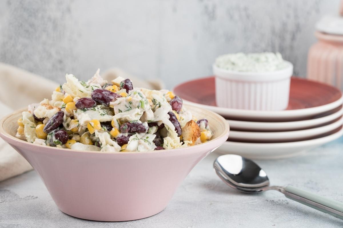 Салат с кукурузой и фасолью