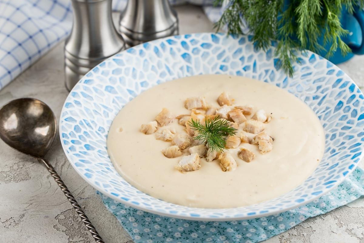 Сырный крем-суп с хрустящей курицей