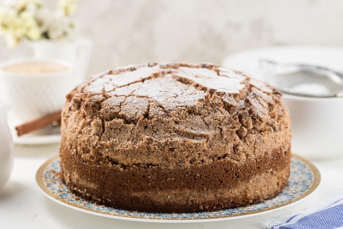 Рассыпчатый пирог с корицей