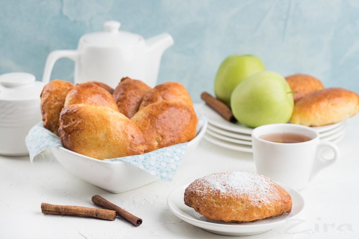 Пошаговый рецепт: творожные пирожки с яблоком и корицей