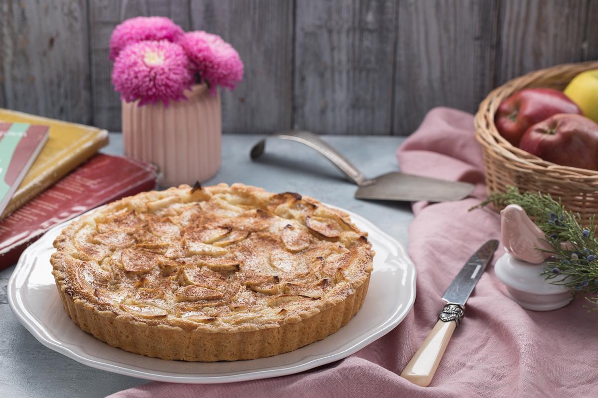 Видеорецепт: Цветаевский яблочный пирог
