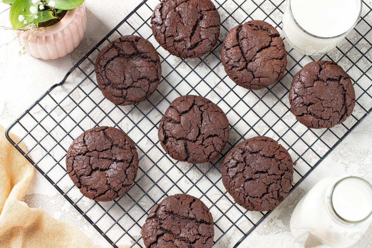 Видеорецепт: шоколадное печенье «Брауни»