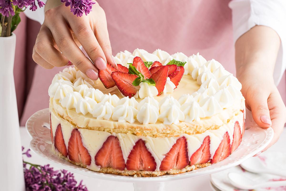 Пошаговый фоторецепт: торт «Фрезье»
