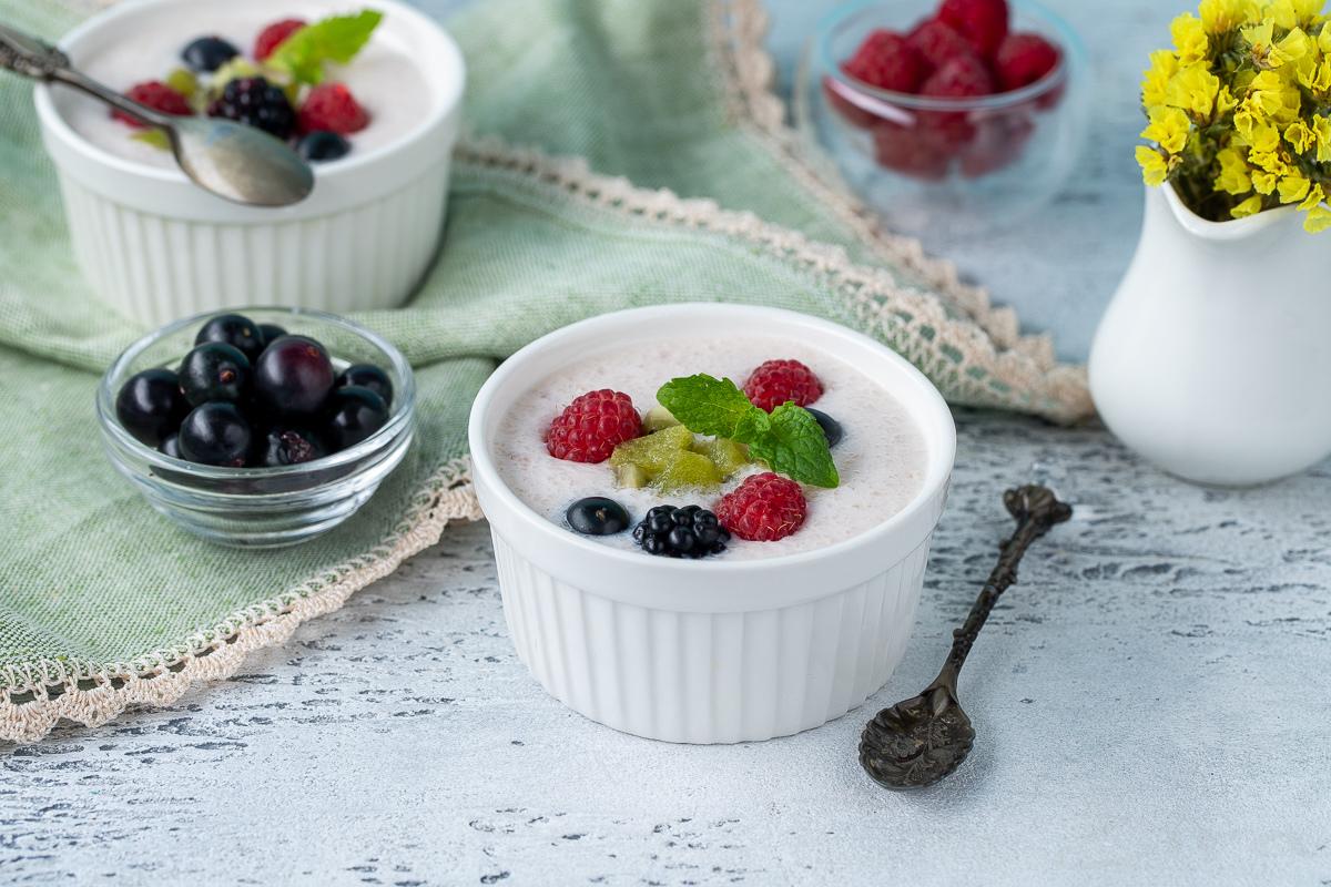 Видеорецепт: фруктово-йогуртовый десерт