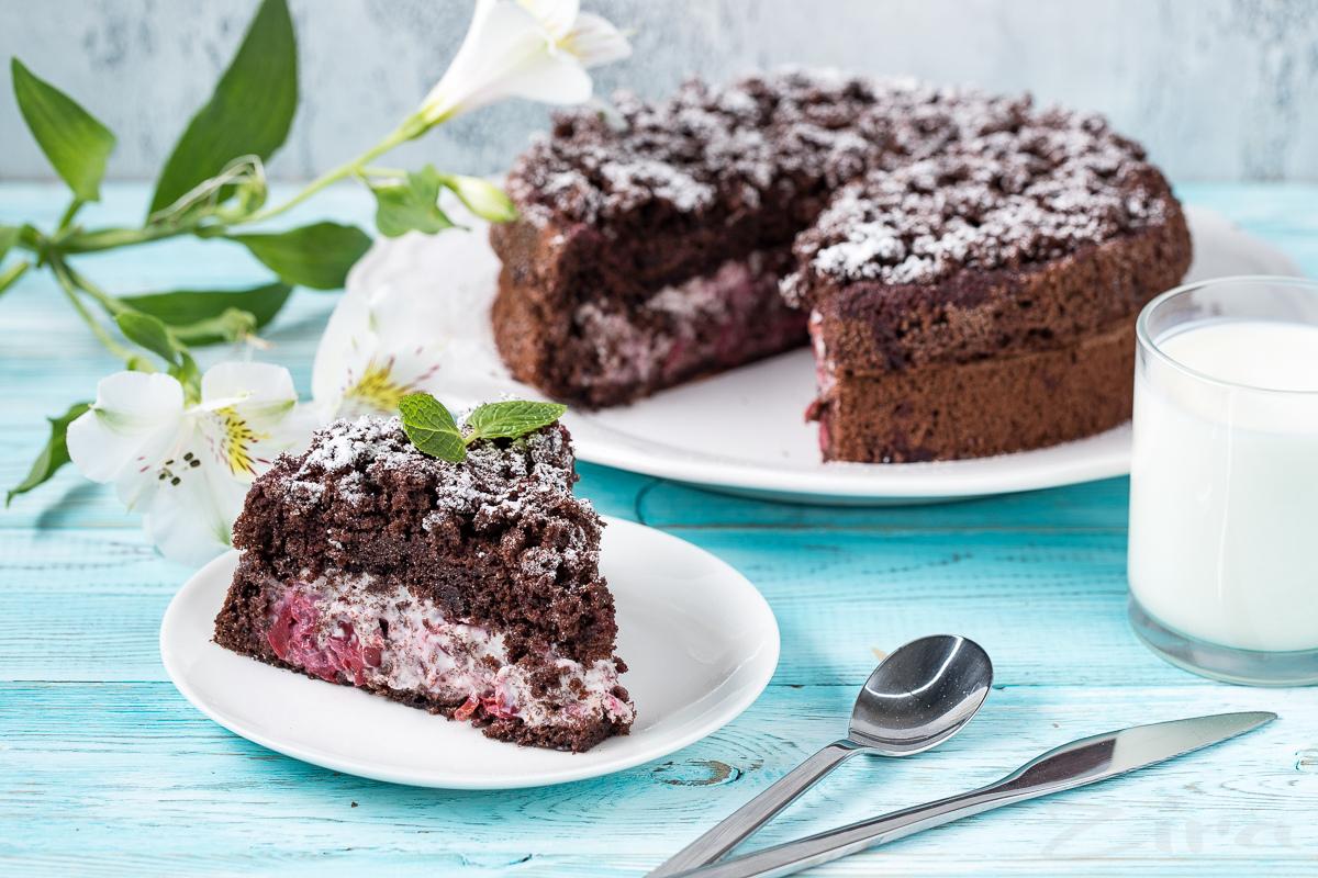 «Qishki olcha» torti